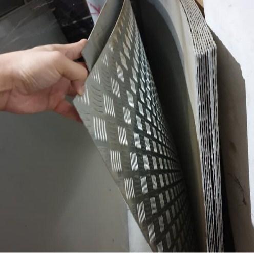 Gambar Harga Plat Besi Bordes Tipis Aluminium
